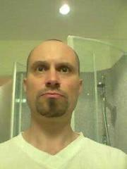 trimmed beard